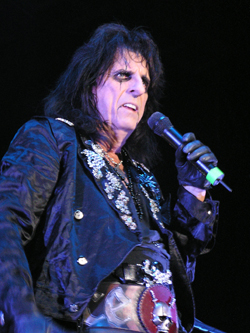Alice Cooper Photo by TVS
