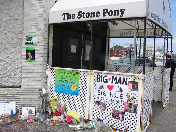 Clarence Clemons Tribute at Stone Pony 2011 by TVS