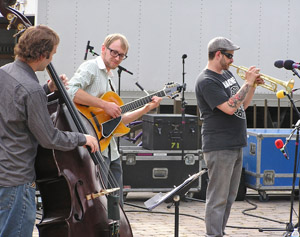 Dave and the Gin Mill Gypsies 2012 by TVS
