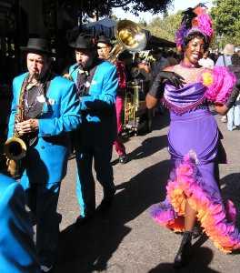 Disneyland- Street Music 2006 by TVS
