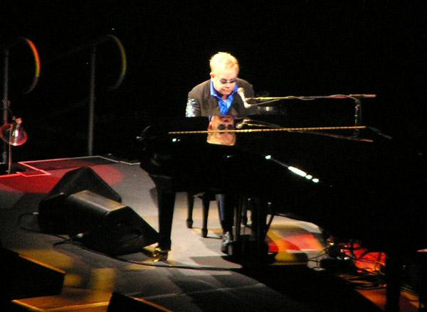 Elton John 2009 by TVS
