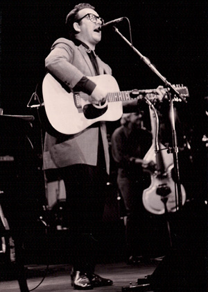 Elvis Costello Photo by TVS