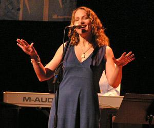 Joan Osborne 2009 by TVS