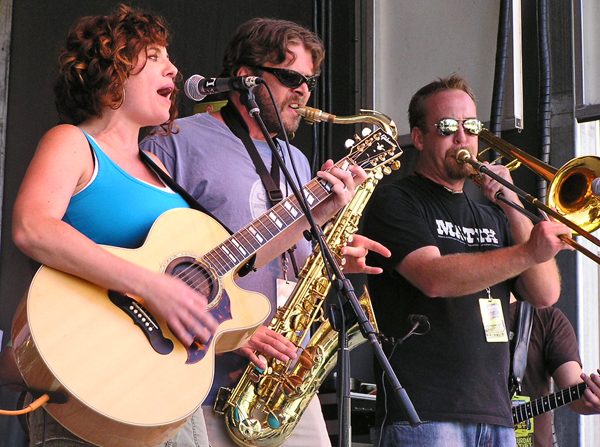 Lindsey O'Brien Band 2009 by TVS