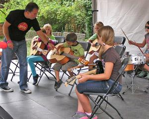 Little Kids Rock 2012 by TVS