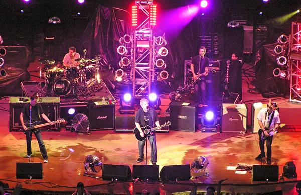 Offspring 2010 by TVS