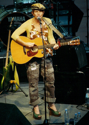 Shawn Colvin Photo by TVS